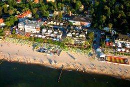 Der Ortskern von Mielno stammt schon aus der Mitte des neunzehnten Jahrhunderts - heute gibt es dort eine Promenade am Strand und viele Cafés